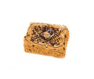 Торты и пироженные НЯМ-НЯМ торт Медовик с грецким орехом 1,5-1,7 кг